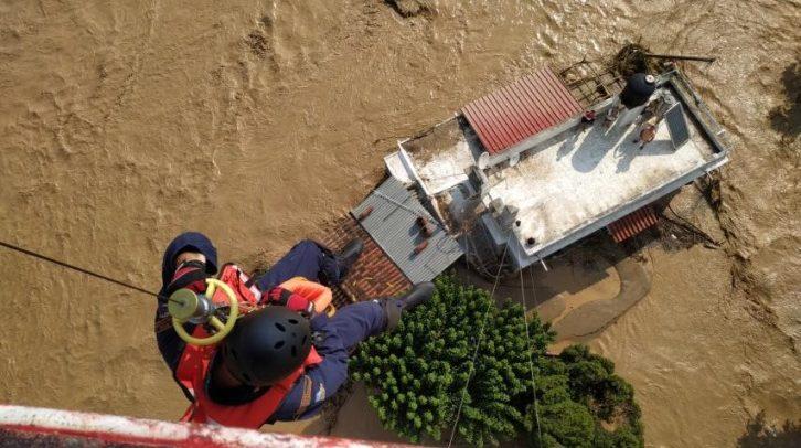 Хардаљас: Петмина загинати и двајца исчезнати во поплавите на грчкиот остров Евија