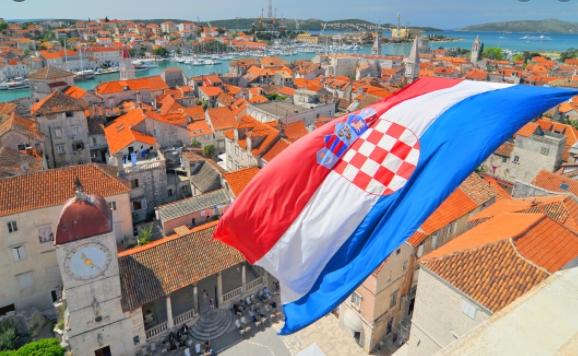Нов црн биланс во Хрватска- денешната бројка на новозаразени руши секакви рекорди, доколку патувате таму ова мора да го имате на ум!