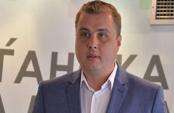 Пренџов: Премин на пpaтеник од еден пoлитички табop во кој ја дoбил довербата од гласачите во спротивниот, е клacична измaма на граѓаните