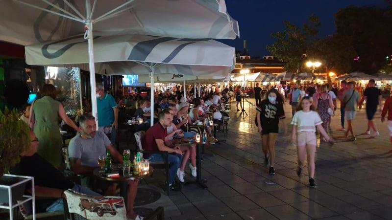 Охрид преполн со гости, неизвесни ефектите во туризмот, но и врз колективното здравје