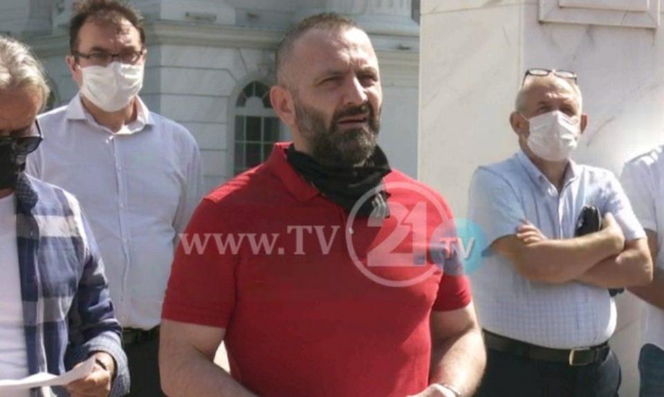 Приведен организатор на протестите против поскапувањето на струјата