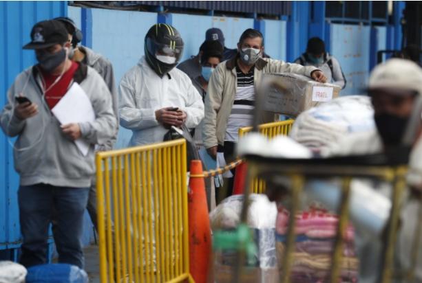 Во Перу за еден ден речиси 10.000 новозаразени со Ковид-19