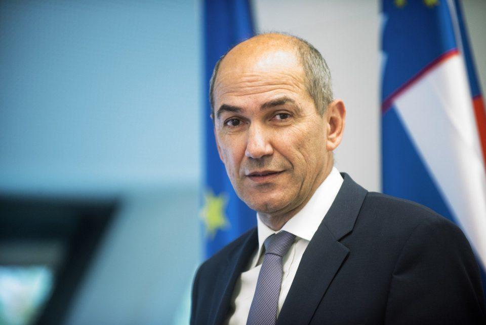 ФОТО: Премиерот на Словенија го поддржа уредникот Златев