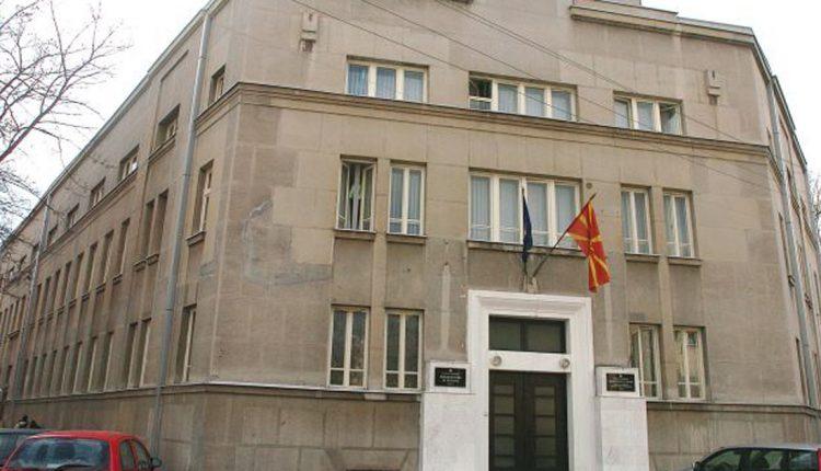 Синдикатите со опомена пред тужба до Министерството за култура