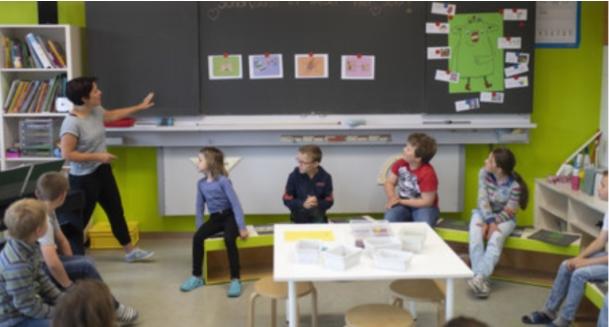 Учениците од Сант Гал, Швајцарија, соочени со скап карантин ако не се вратат навреме од ризична земја поради Ковид-19
