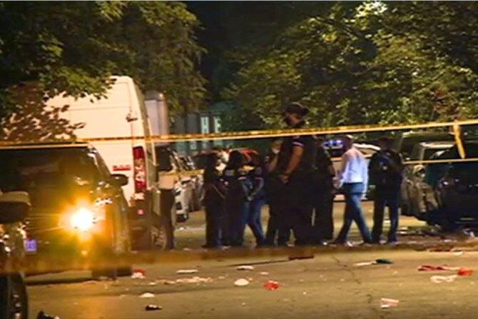 Еден загинат, 20 повредени при пукање на собир во Вашингтон