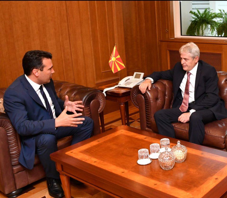 Ахмети го откри Заев: Им дадовме на Бугарите понуда, чекаме да ја прифатат
