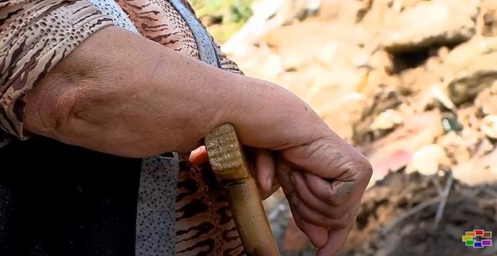 Борба за живот во скопско Зелениково, поплавата ги остави без покуќнина (ВИДЕО)