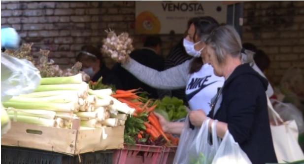 За 16,2 отсто намалени откупот и продажбата на земјоделски производи