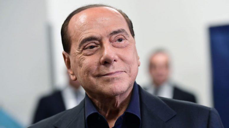 Берлускони хоспитализиран