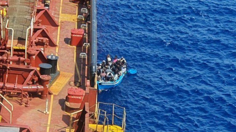 Италија конечно се согласи да ги прими мигрантите кои помина на море повеќе од 40 дена