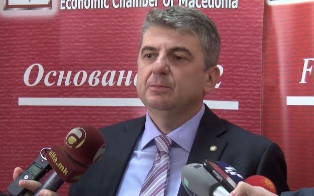 Рафајловски: Ако се даваат еднократни ваучери на граѓаните, а не се помогне на стопанството тоа ќе води до дополнително губење на работни места