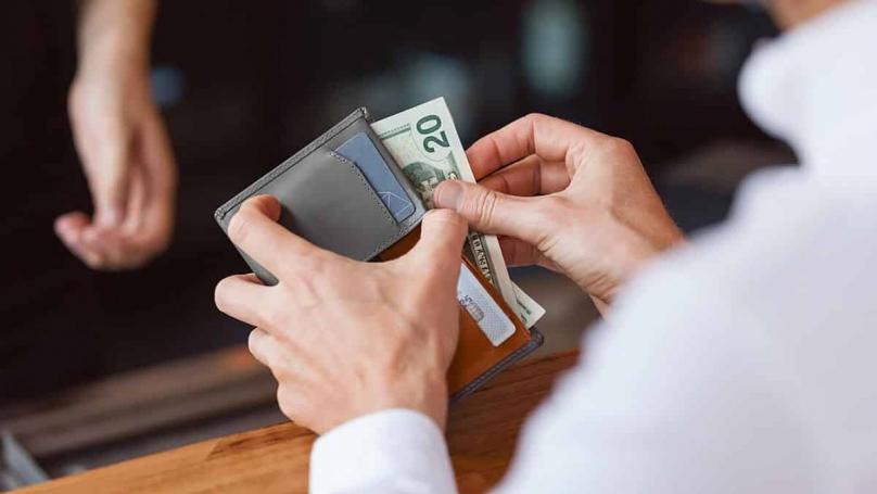 Најлошата работа што може да ја чувате во паричникот