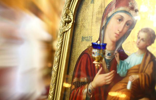 Се ближи голем празник обележан со црвени букви – Мала Богородица, заштитничка на жените