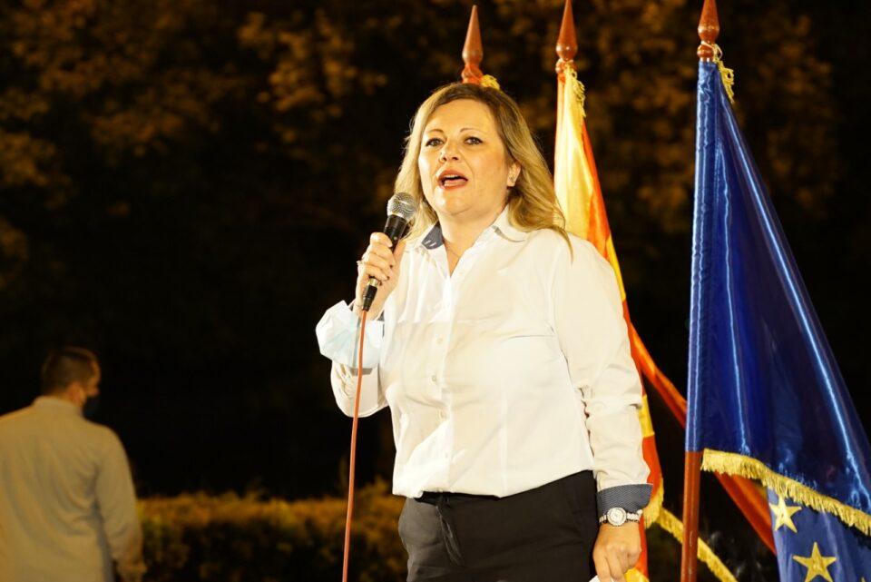 Адвокат Николовска: Судовите и обвинителствата не се во сопственост на Зоран Заев, тоа се институции на народот