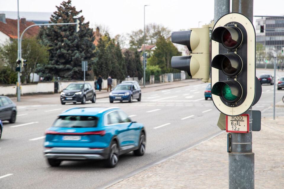 Во Европа 83, а кај нас 77 проценти од вкупниот патнички сообраќај е со автомобили