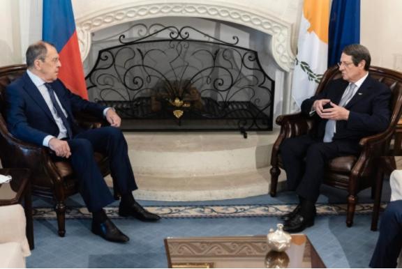 Москва се нуди за посредник меѓу Грција и Турција