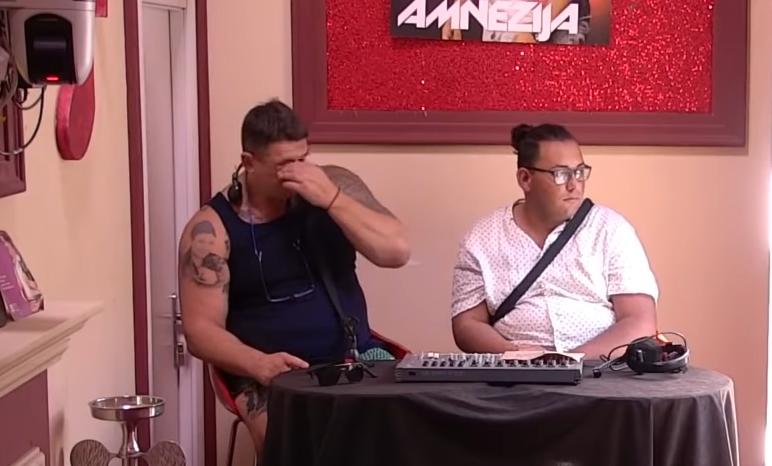 """Кристијан Голубовиќ на работ на солзи: Можеби е """"карпа од мускули"""" но, сепак не е од камен (ВИДЕО)"""