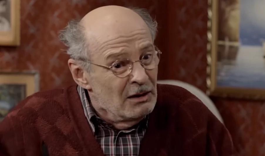 Мустафа Надаревиќ повторно во болница: Легендарниот актер се бори со канцерот на белите дробови (ФОТО)
