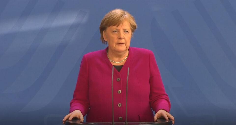 Меркел побара поголеми овластувања кои ќе и овозможат да воведе рестриктивни мерки и полициски час