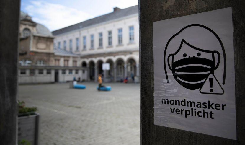 Белгија прогласи највисок степен на тревога поради Ковид-19