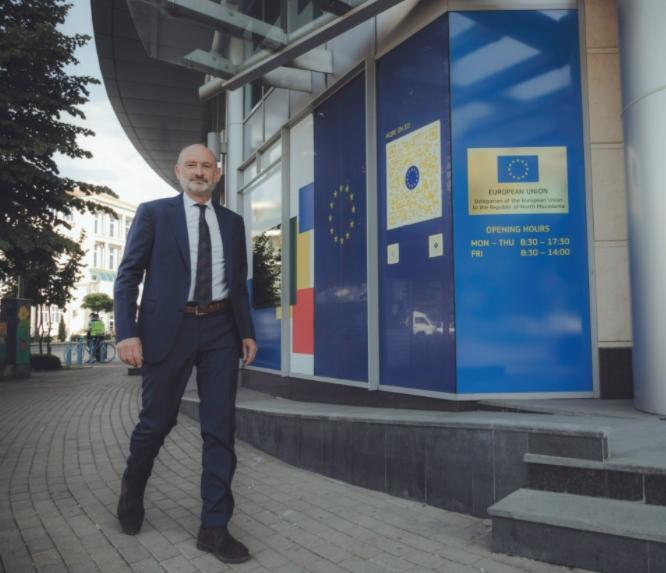Евроамбасадорот Гир во посета на Собранието