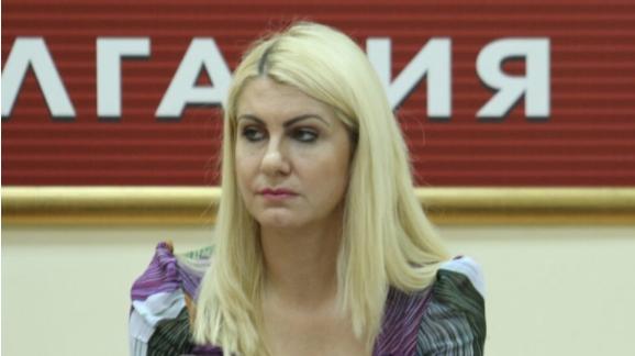 Десислава Ахладова е новиот министер за правда во Бугарија