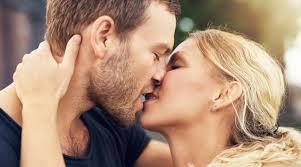 Дома или надвор: Како местото на кое имате секс влијае на вашето расположение?