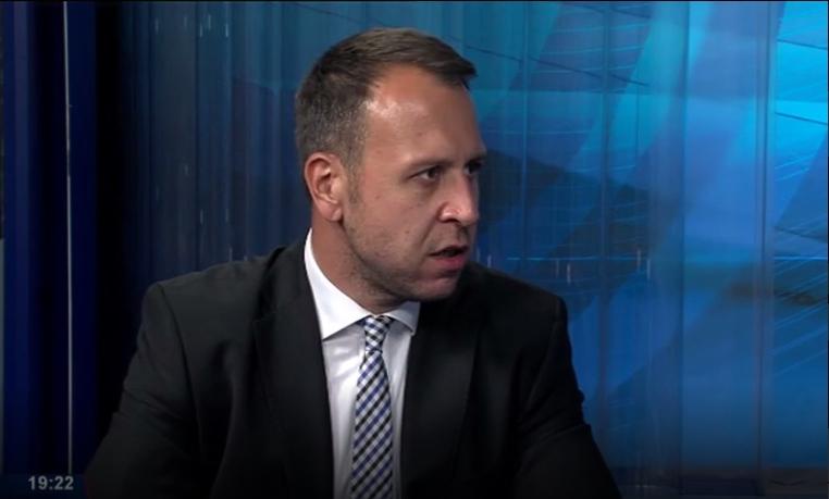 """Откриена е шемата : Екс """"Генсекот"""" на ВМРО-ДПМНЕ посрамоти провладини медиуми"""