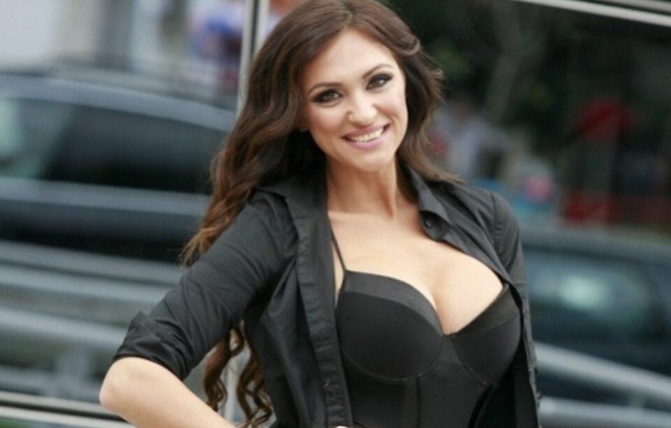 На српска пејачка ѝ се заканува затвор затоа што прислушувала полицискиот генерал