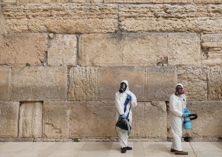Израел го враќа карантинот