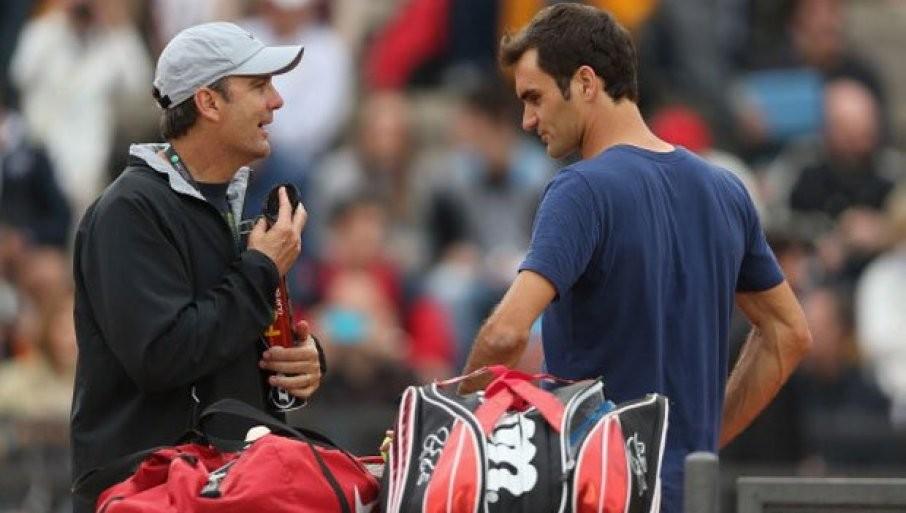 Некогашниот тренер на Федерер: Ме загрижува душевната состојба на Ѓоковиќ