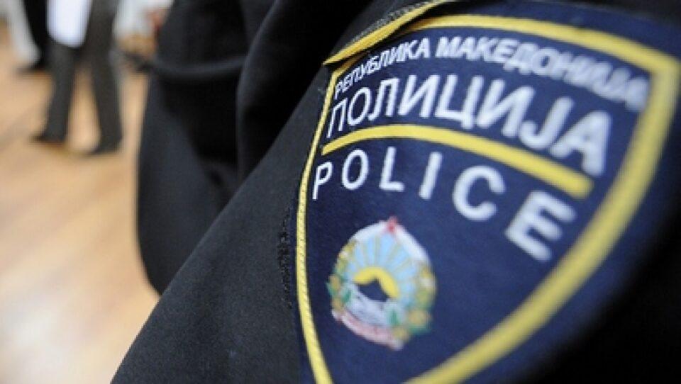 Кривични за две лица, полицијата пронашла оружје и марихуана