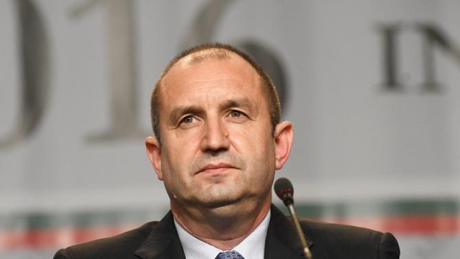 Радев: Овој пат треба да се избере Влада на Бугарија