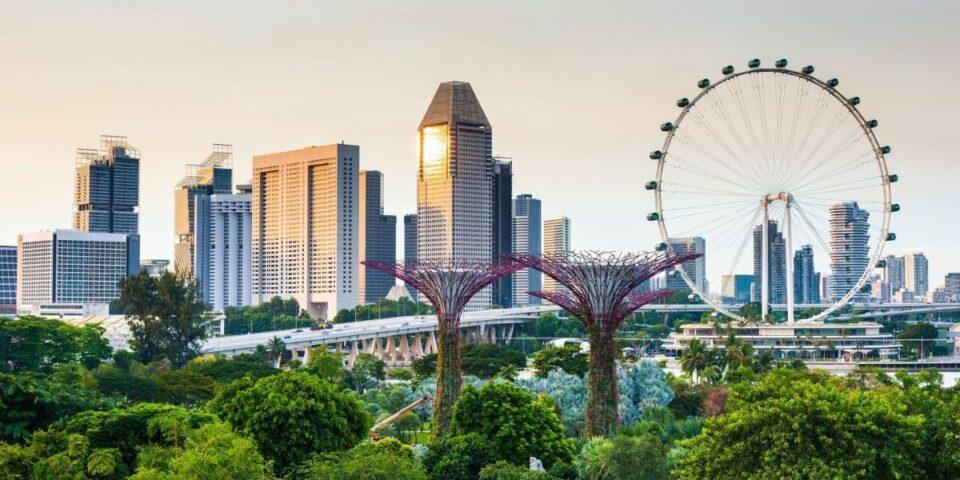 Во Сингапур голем број од новозаразените се вакцинирани