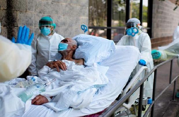 """""""СМРТОНОСЕН ДЕКЕМВРИ"""" – Американските експерти со страшни предвидувања развојот на пандемијата"""