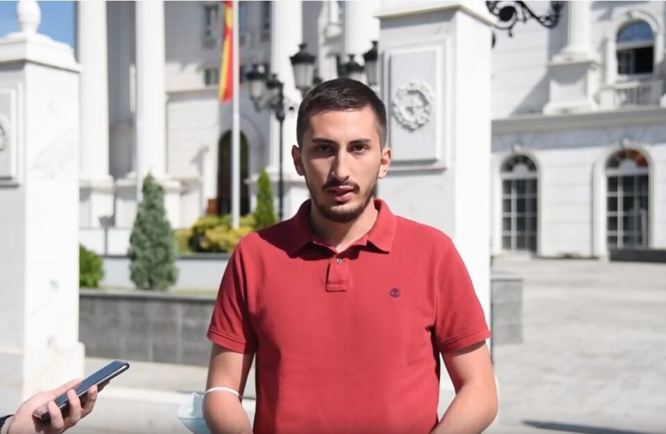 Стефановски: Над 100.000 граѓани живеат со 50 денари на ден и немаат за леб, а Заев троши милиони за кондоми