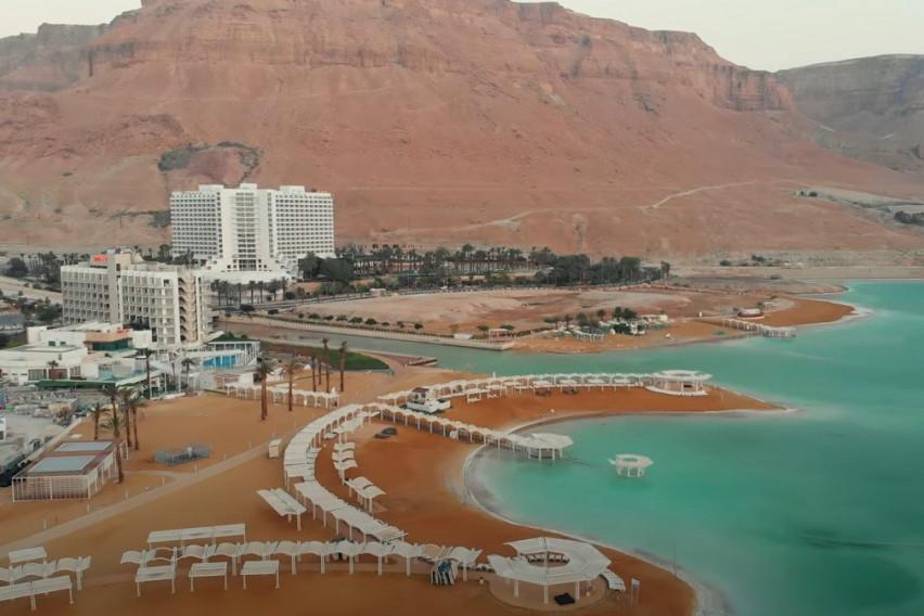 Најнеобична водена површина на светот: Зошто Мртвото море е толкава туристичка атракција?