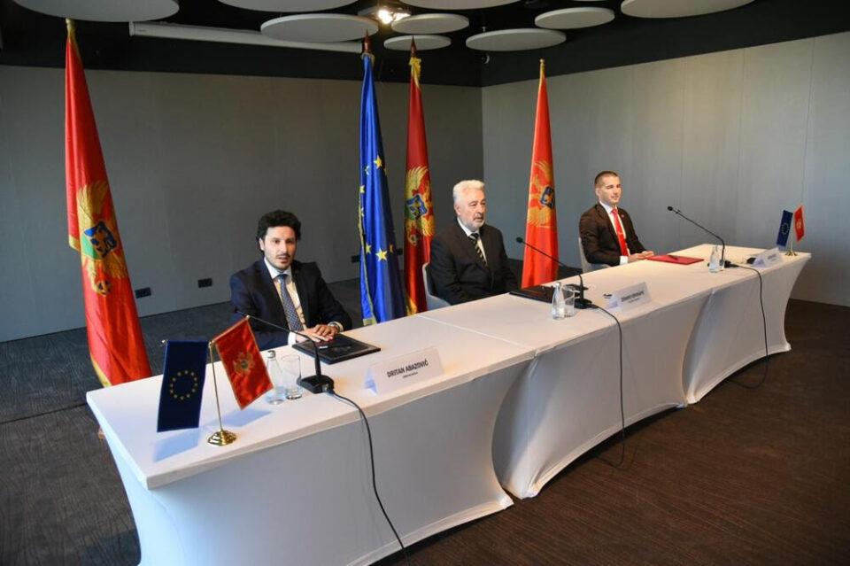 Кривокапиќ почнува разговори за формирање нова влада на Црна Гора