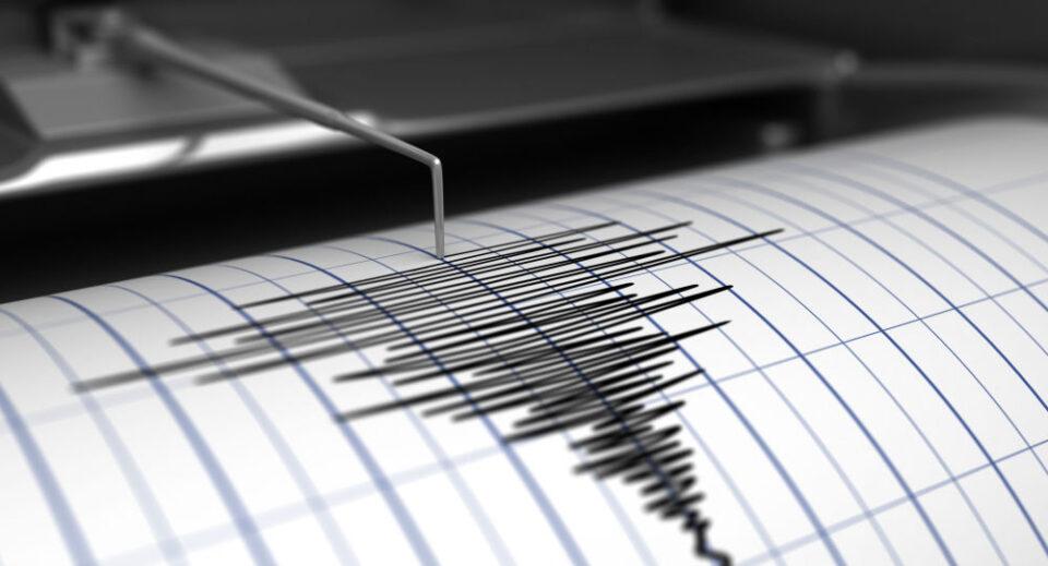 Земјотреси во Албанија и во Грција