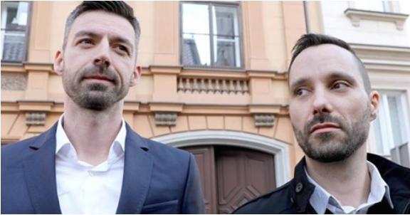 Хрватска: Прв пат геј двојка доби статус на згрижувачи на две деца