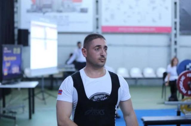 Ерменскиот шампион отиде да војува и – загина!