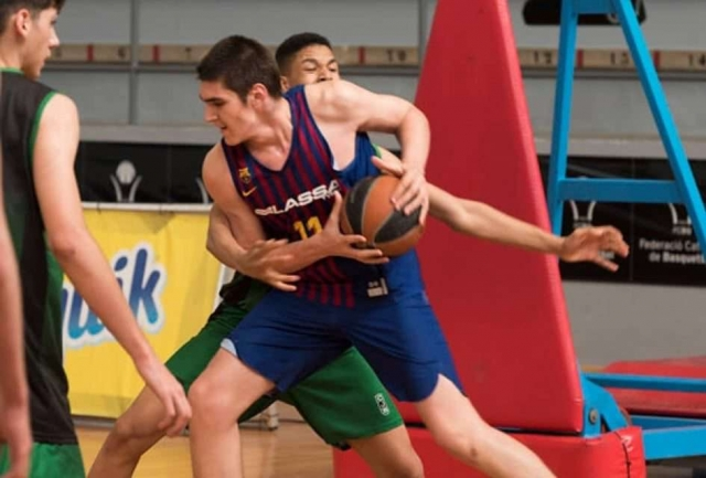 Барселона пријави 16-годишен џин од Македонија за мечевите од Евролигата (ФОТО)