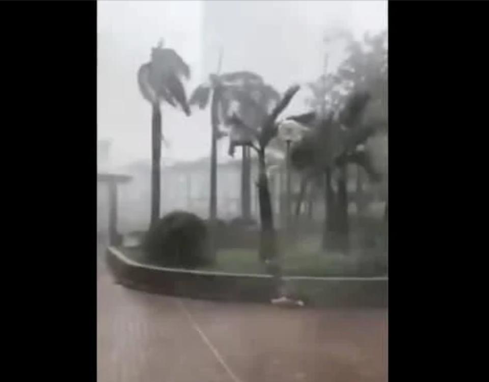 Тајфун го погоди Виетнам: Исчезнати повеќе од 20 лица, има и настрадани (ВИДЕО)