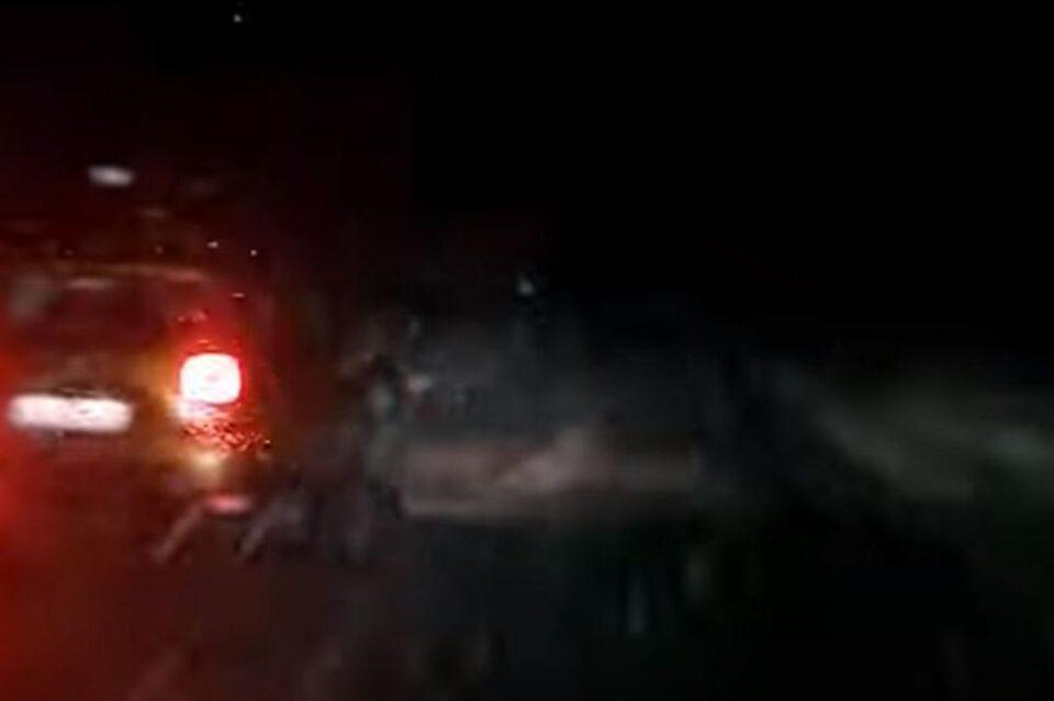 Врнежи од снег на овој патен правец, на одредени патни правци можна појава на поситни одрони – Се препорачува внимателно возење