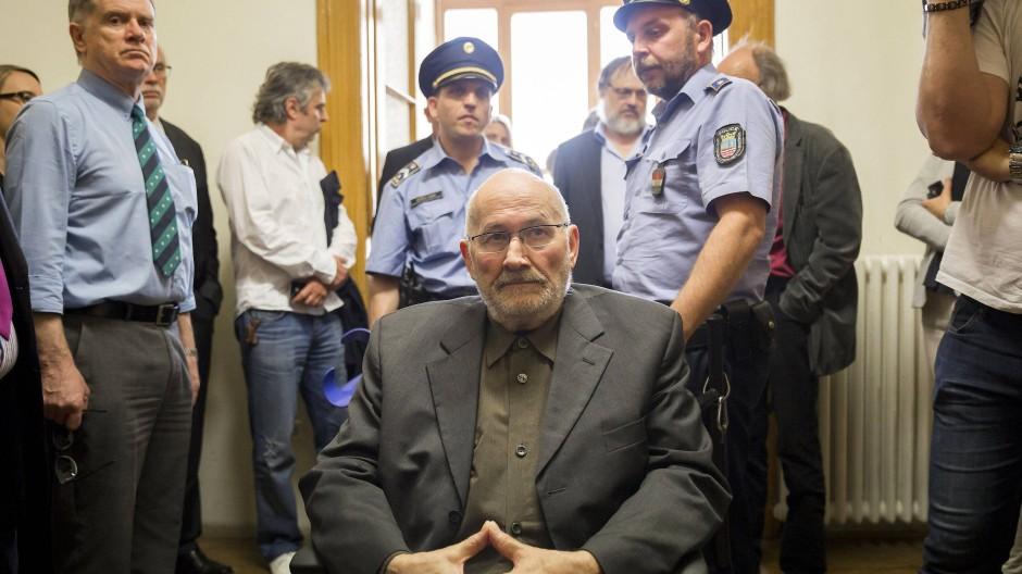 Хорст Малер ја отслужи 10-годишната затворска казна