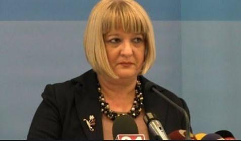 Арсовски: Нов скандал, Димова доделила скоро 55.000 евра на училиште во кое работат роднини на министерот Маричиќ и неговата сопруга