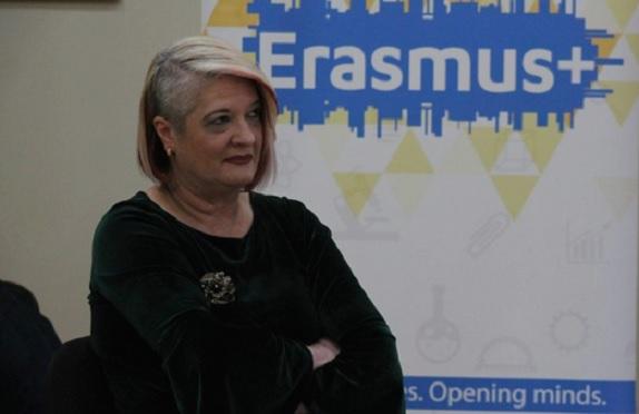 ДОКУМЕНТ: Лидија Димова се подновила со два автомобили во вредност од околу 90 илјади евра