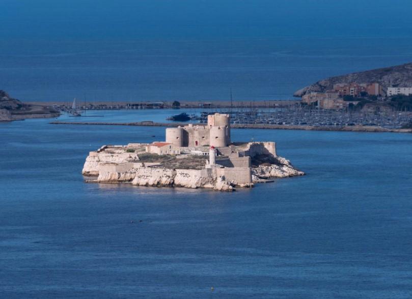 Европскиот Алкатраз: Затвор на Медитеранот од кој никој никогаш не успеал да побегне… (ФОТО)