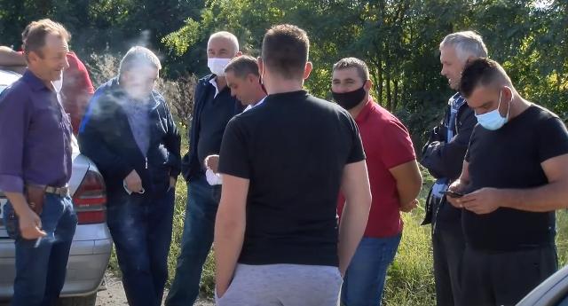Сточарите од Новаци излегоа на протест: Бараат поголема откупна цена на млекото и исплаќањето на заостанатите субвенции